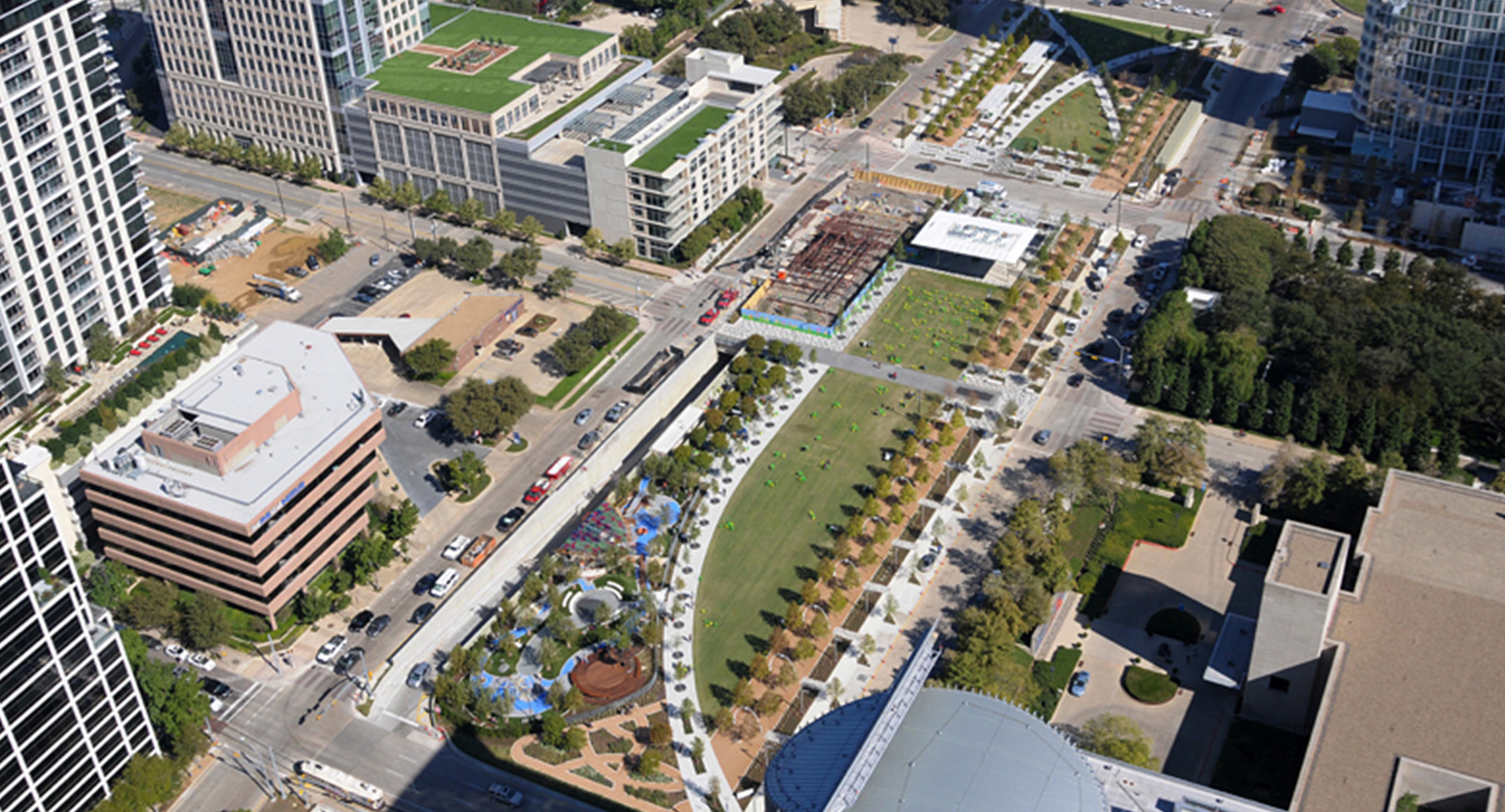 Dallas Arts District Community Klyde Warren Park