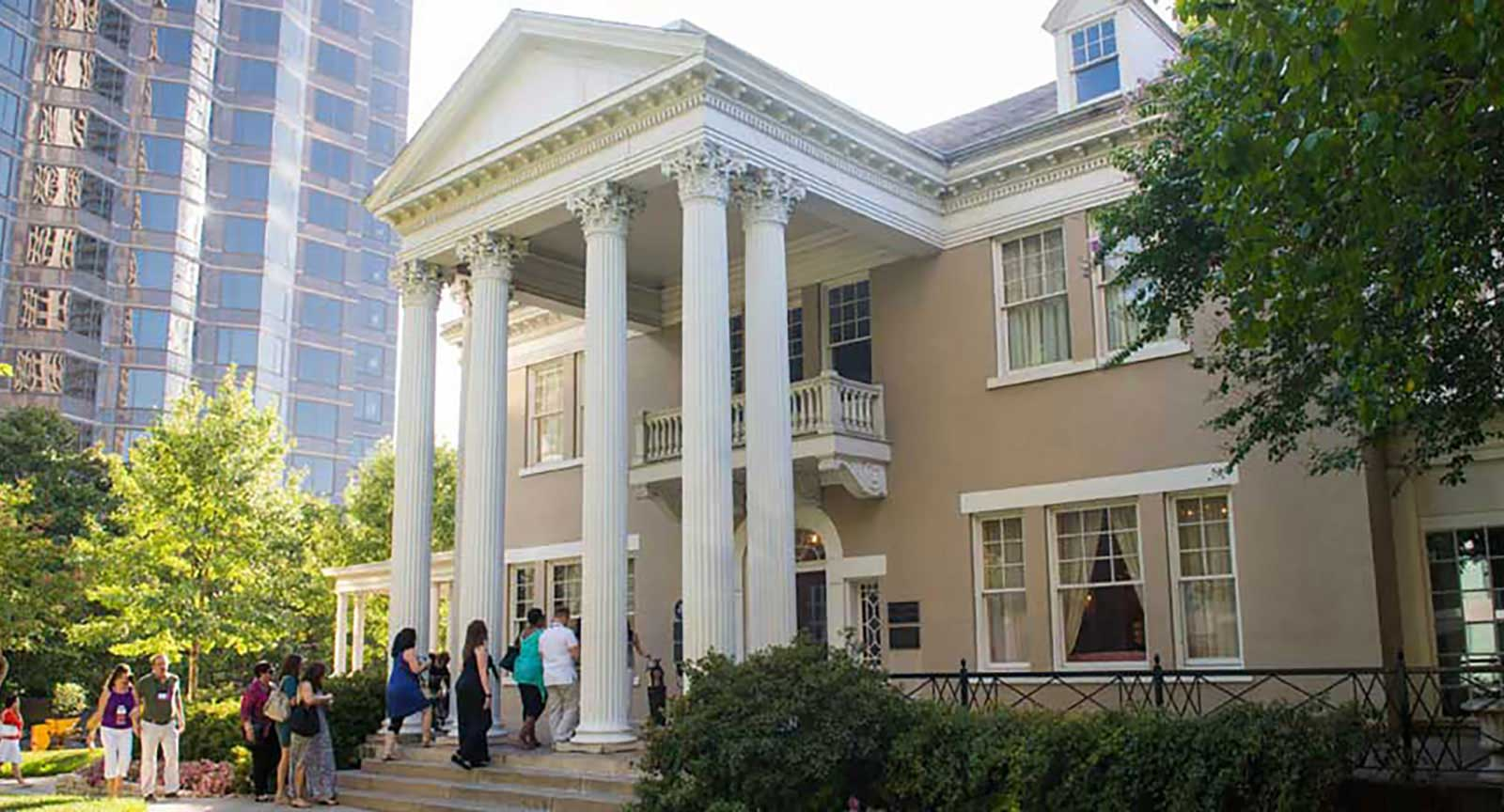 Dallas Arts District Belo Mansion