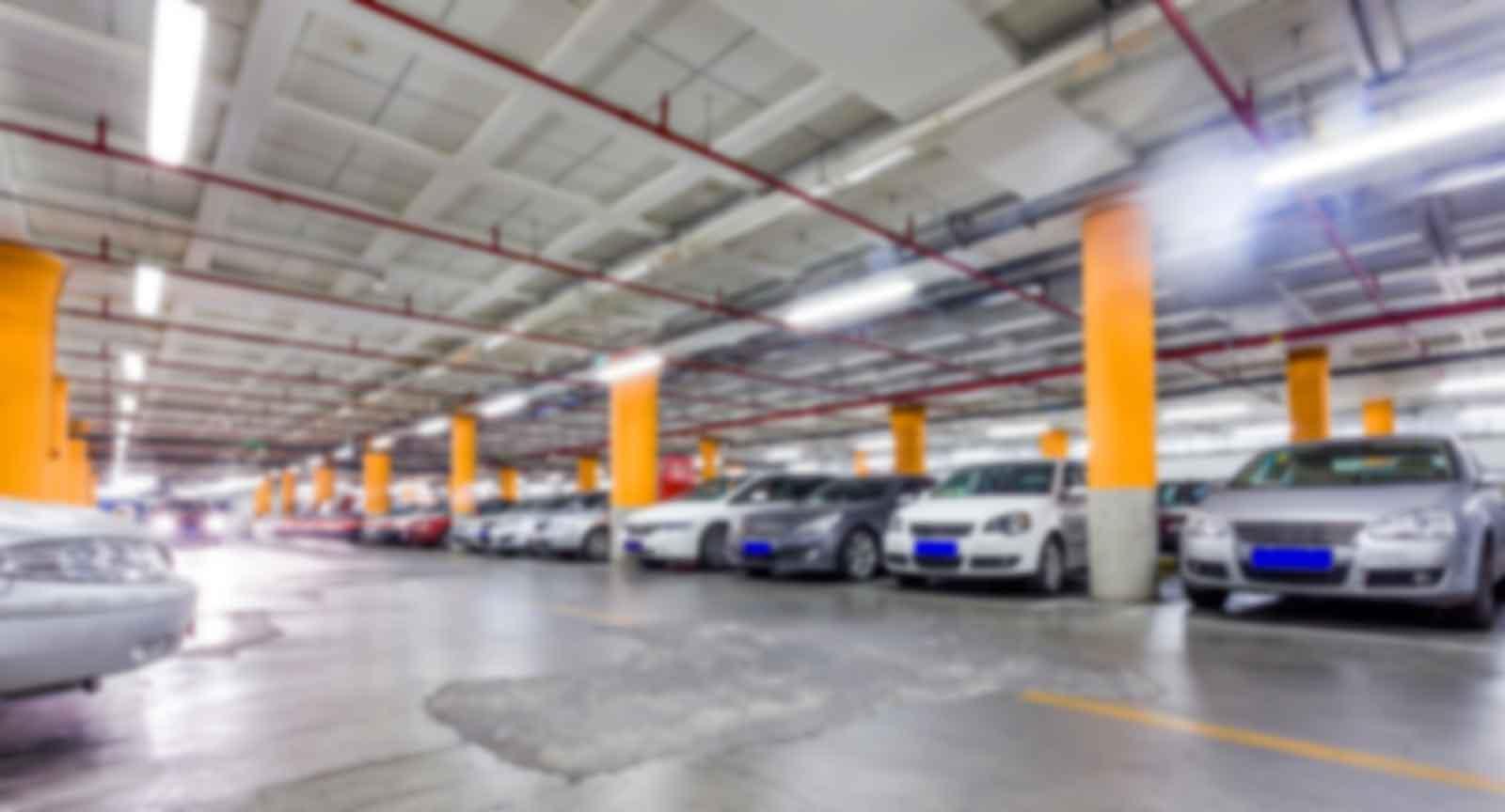 Lexus Silver Garage