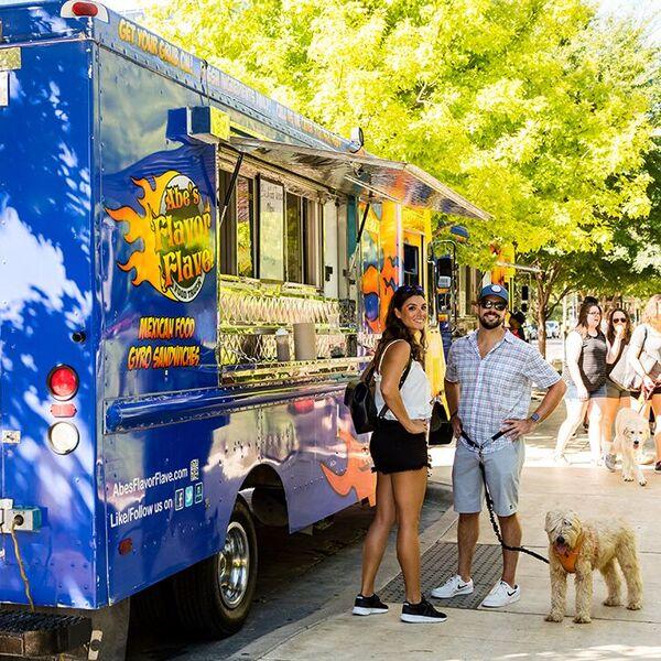 Klyde Warren Park Food Truck Rally Dallas Arts District